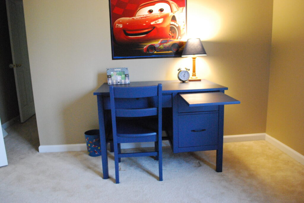 painted desk for boy's room