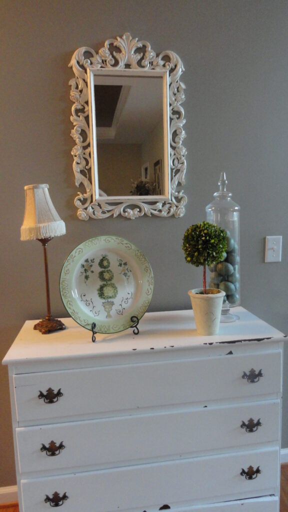 Trash to Treasure–Painted Plastic Thrift Store Mirror
