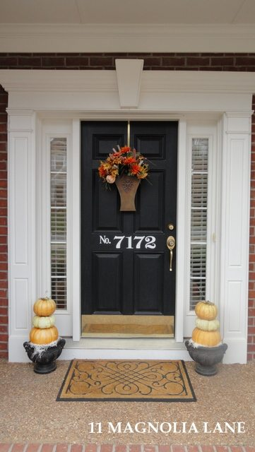 More Fall Front Porch Decor–Just in Time for Thanksgiving!