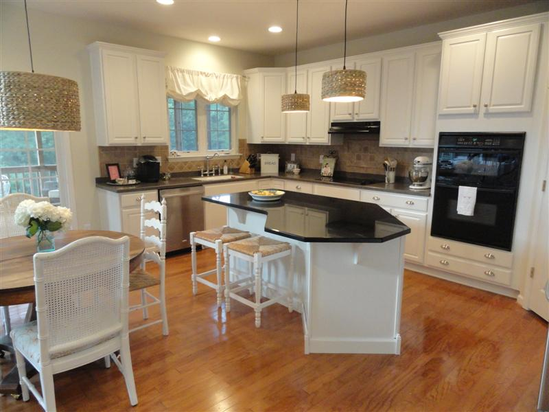 Kitchen Redo Reveal–From Darkness to Light!