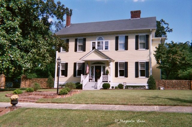 historic colonial revival house 11 Magnolia Lane