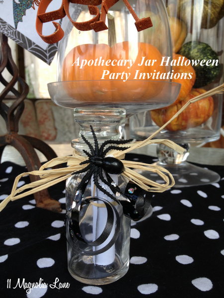 Mini-Apothecary Spice Jars as Creative Halloween Party Invitations