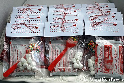 Treat Box, Simple Cocoa Packet Pocket and Top Notes Bag ... |Hot Chocolate Treat Bags