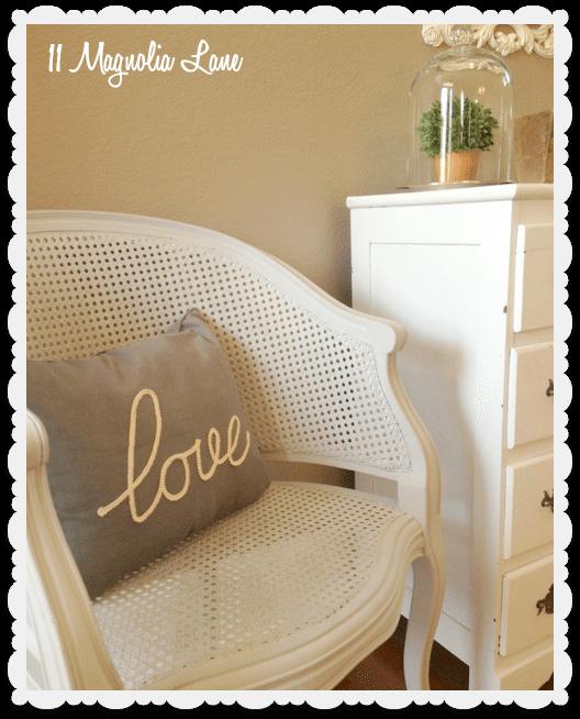Love pillow hall