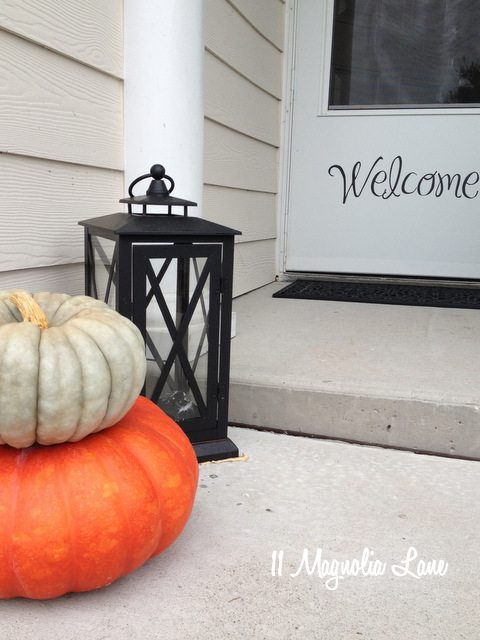 front porch stacked pumpkins