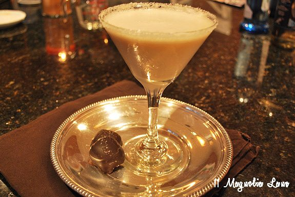 salted-caramel-martini-drink
