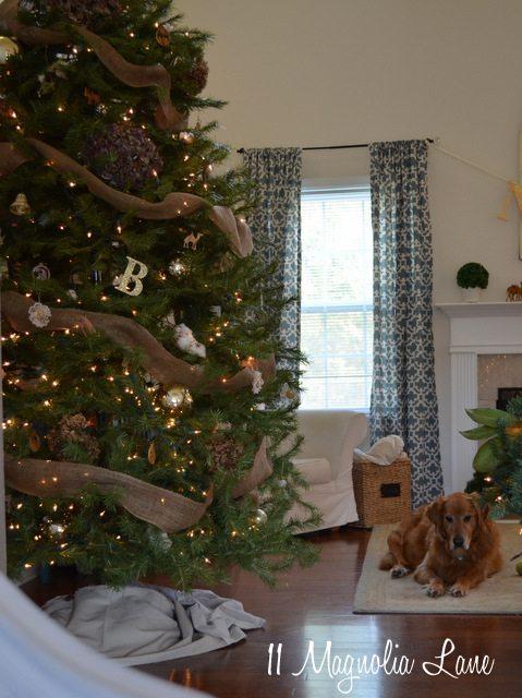 Christmas tree burlap hydrangea