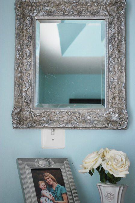 mirror dresser