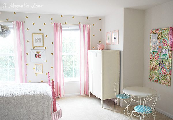 Little Girls Room Decorated in Pink White Gold 11 Magnolia Lane