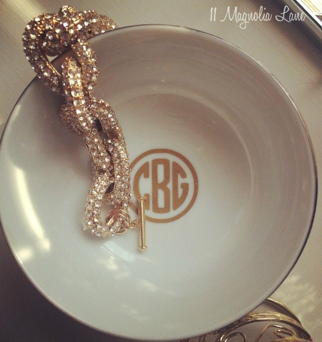 Jewelry bowl with round gold monogram--great gift idea | 11 Magnolia Lane