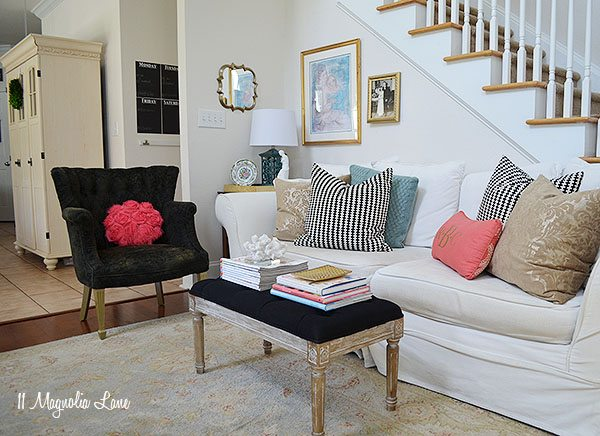Eclectic and colorful living room | 11 Magnolia Lane