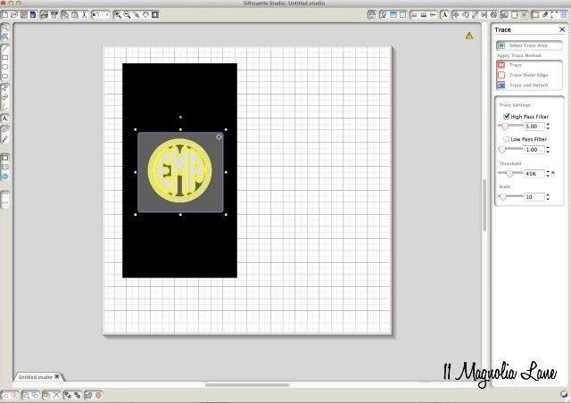 Round Monogram Tutorial | 11 Magnolia Lane