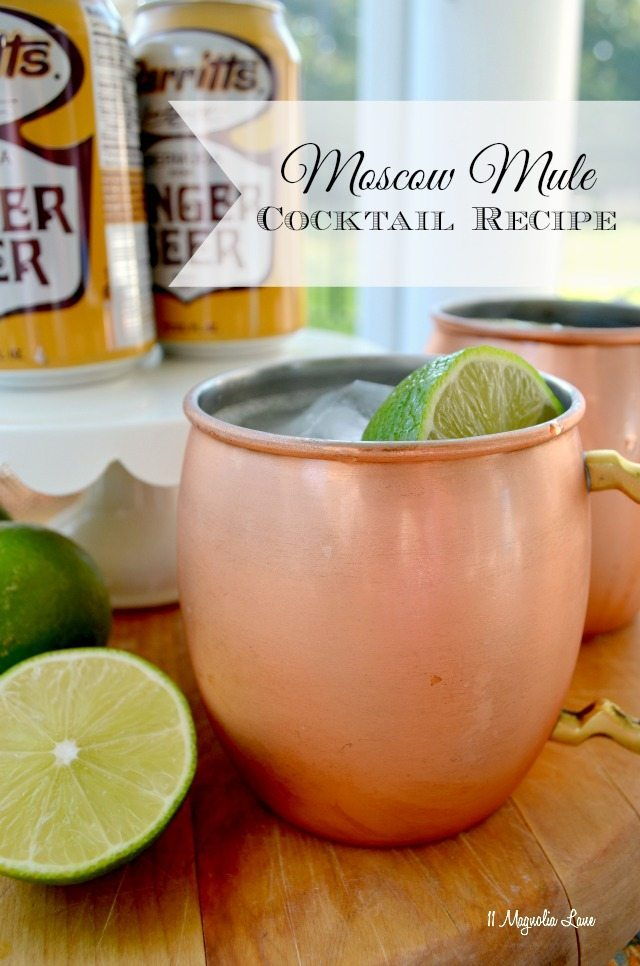 Moscow mules--delicious cocktail with only three ingredients | 11 Magnolia Lane
