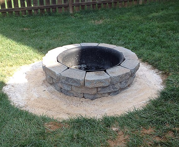 How to build a DIY a backyard fire pit | 11 Magnolia Lane