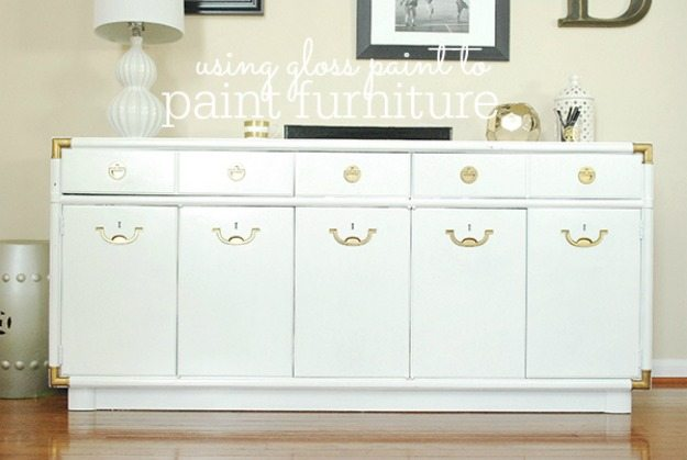 Painting Furniture so it has a Smooth & Glossy Finish {& A Giveaway!}
