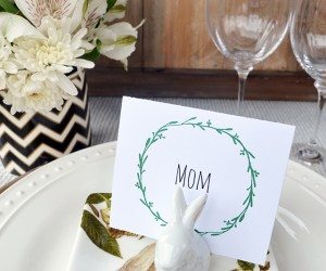 Printable wreath Easter table placards | 11 Magnolia Lane