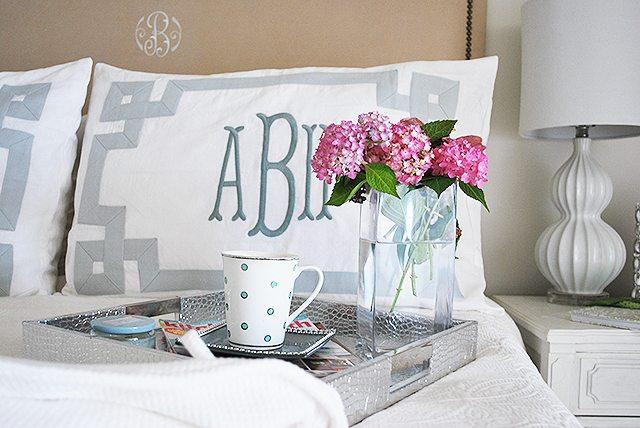 bedroom-tray