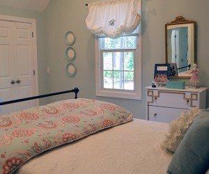 Aqua girls room   11 Magnolia Lane