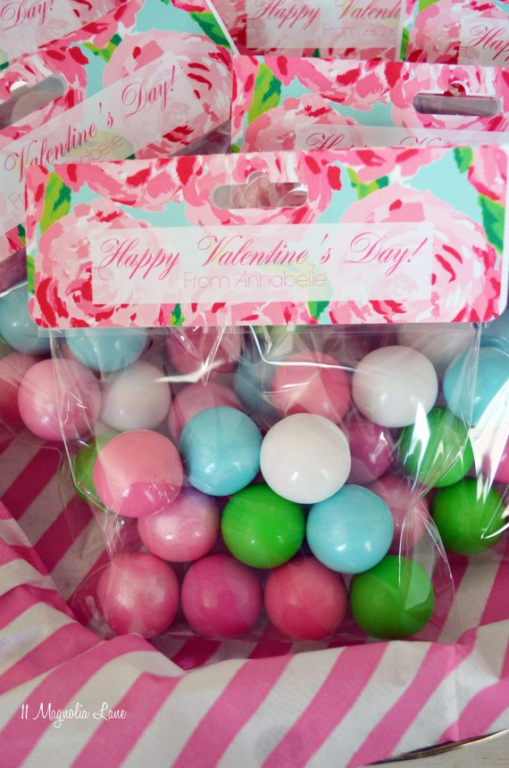 Lilly Pulitzer Valentine's Day treat bags | 11 Magnolia Lane