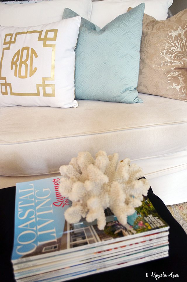 How to add touches of coastal and beach decor to your home | 11 Magnolia Lane
