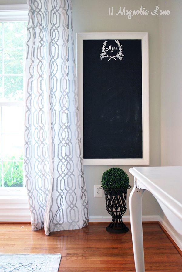 corner-chalkboard-urn copy