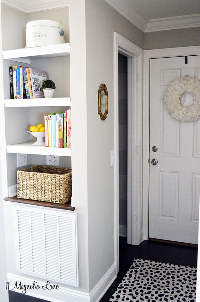 DIY Built In Bookshelves | 11 Magnolia Lane