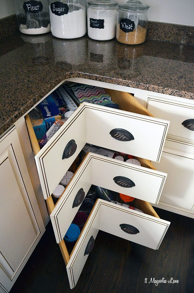 Creative Kitchen Organization and Design