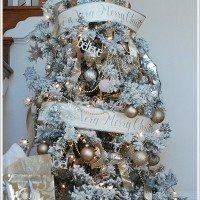 A Flocked Christmas Tree