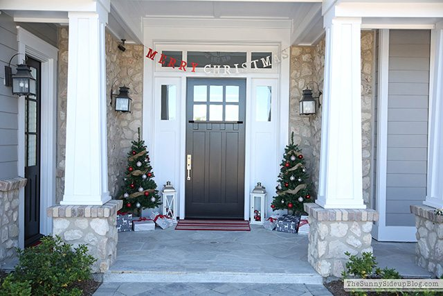 11 magnolia lane holiday open house with erin from sunny side up 11 magnolia lane - Black craftsman front door ...