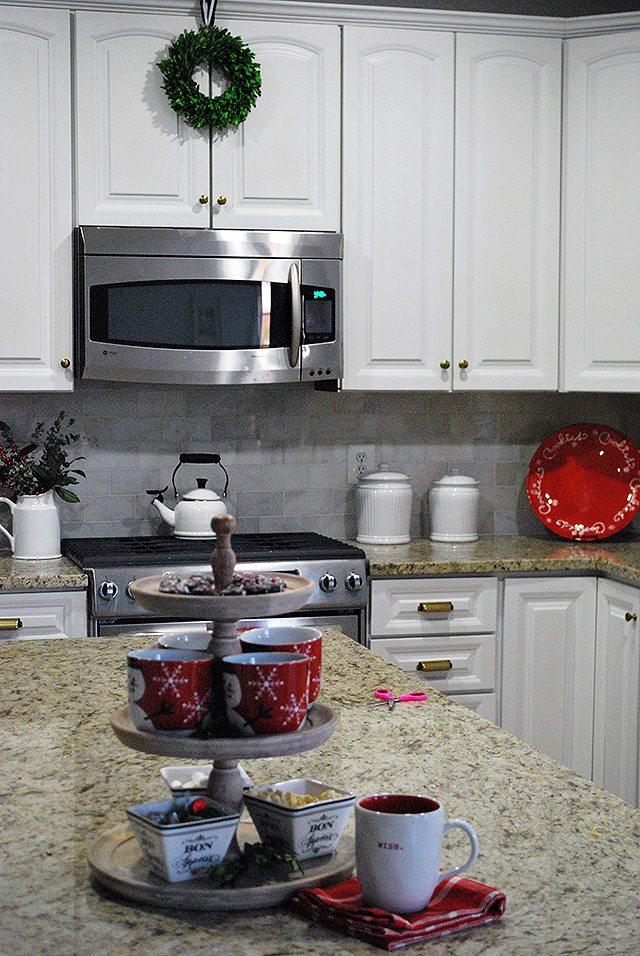 christmas-kitchen1