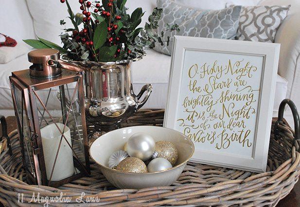 coffee-table-display-holiday