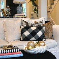 11 Magnolia Lane Holiday Open House–Christy's Home