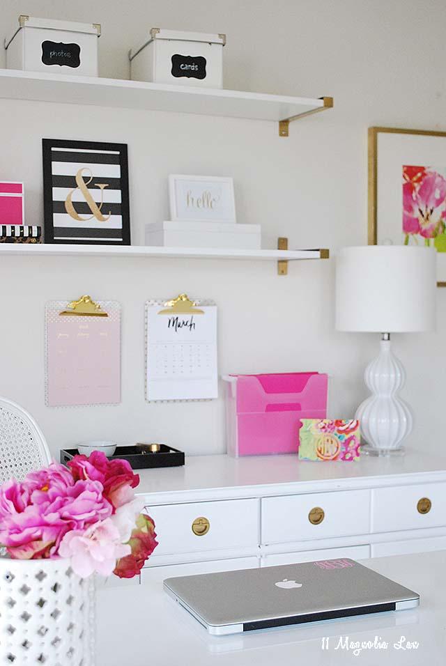 office-organization-desk-side