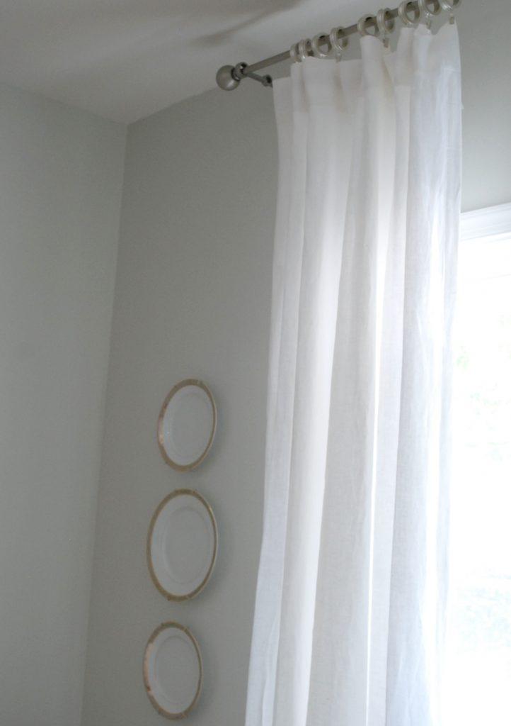 linen-curtains-close
