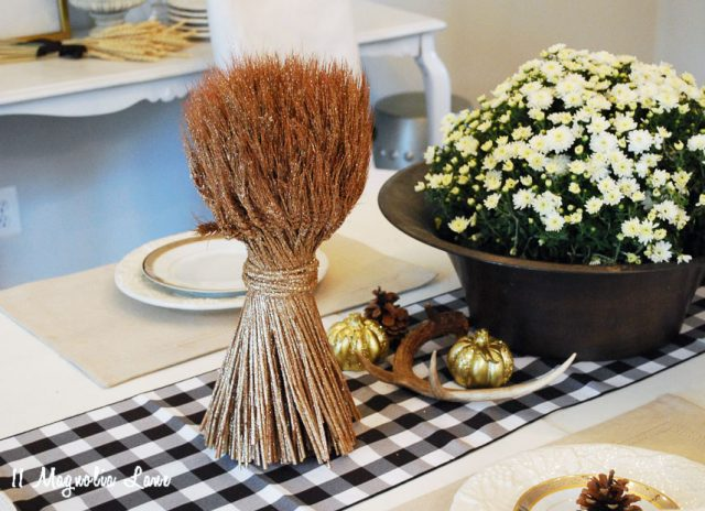 11-magnolia-lane-farmhouse-fall-home-tour-2016-amy-28