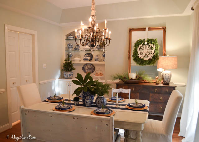 Blue and white dining room decorated for Christmas | 11 Magnolia Lane