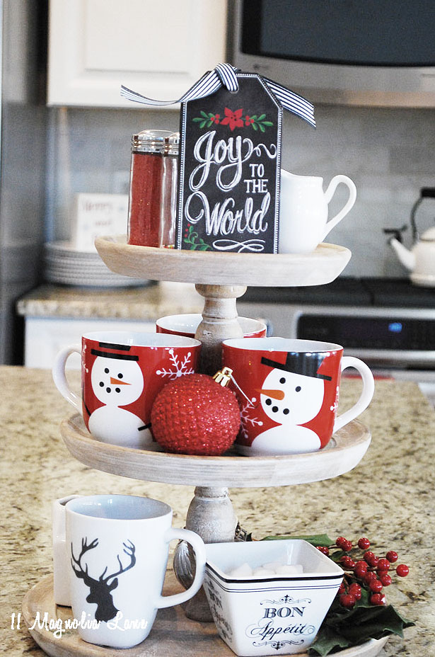 stand-amy-11-magnolia-lane-holiday-home-tour-2016-26