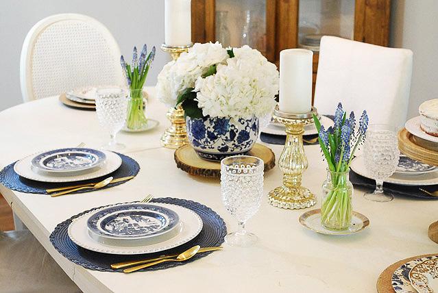 summer dining room in blue + white | 11 magnolia lane