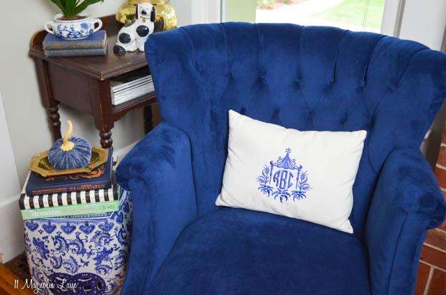 vintage tufted navy blue velvet chair 11 magnolia lane