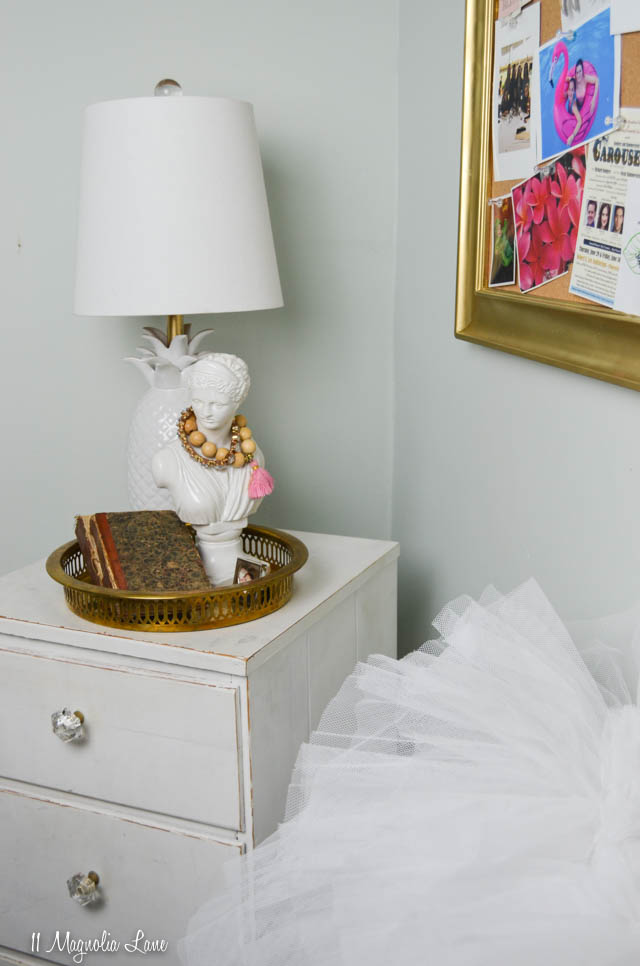 Vintage Vogue covers gallery wall | 11 Magnolia Lane